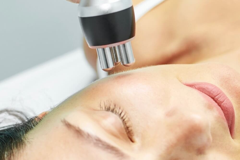 An advanced facial to renew and tighten the lax skin with results after one session